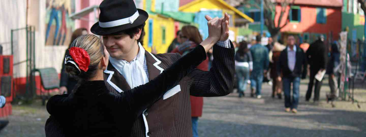 Dancing in Buenos Aires (Dreamstime)