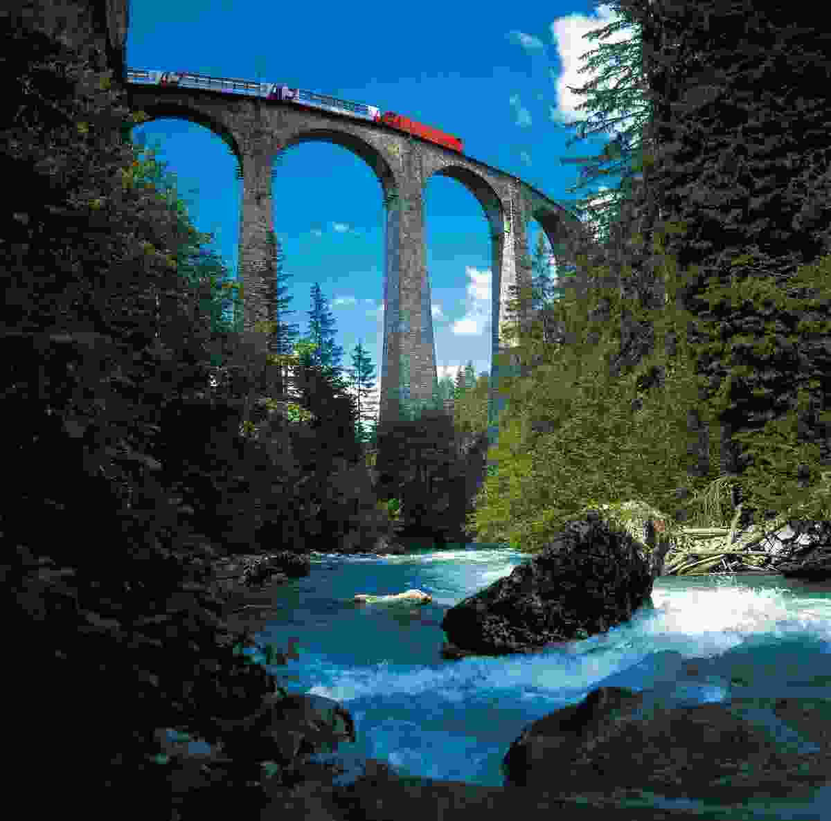 The Glacier Express on the Landwasser viaduct (Switzerland Tourism)