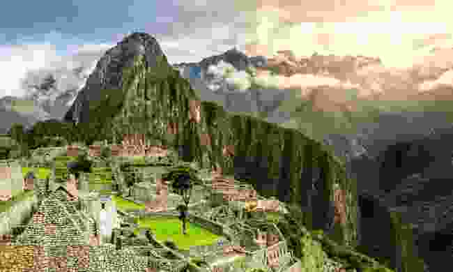 Hardy hikers follow 'the' Inca Trail to the 15th century citadel of Machu Picchu (Dreamstime)