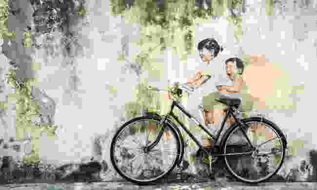 'Little Children on a Bicycle' in Penang, Malaysia by Ernest Zacharevic (Shutterstock)