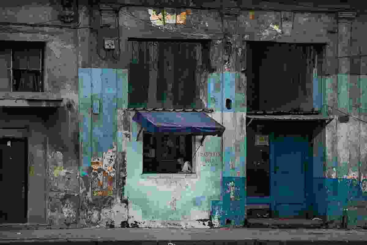 Cuban street scene (Aycin Bayraktaroglu)