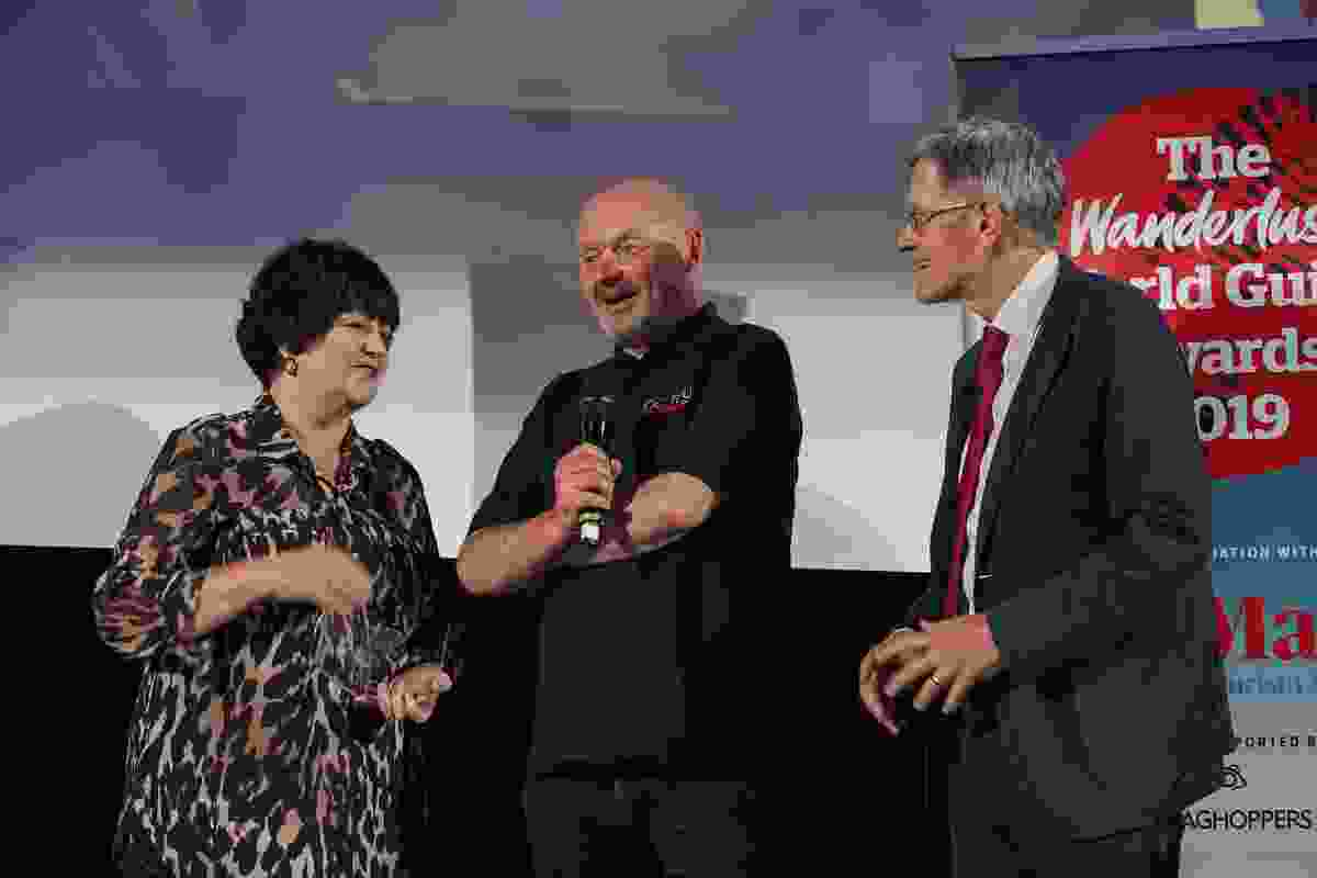 Top UK Tour Guide Paul Donnelly of DC Tours accepts his award (Victoria Middleton)