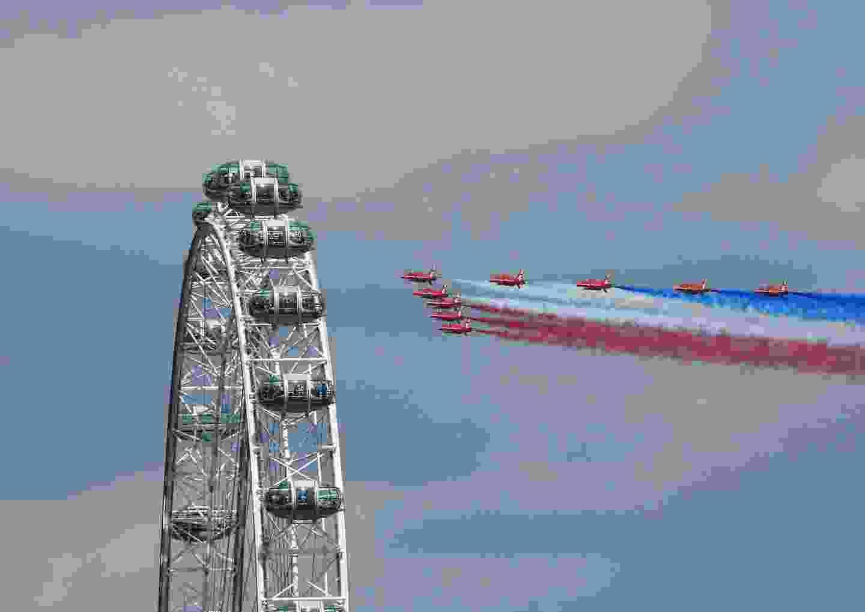 Into the London Eye London, UK, (Monika Mazurkiewicz)