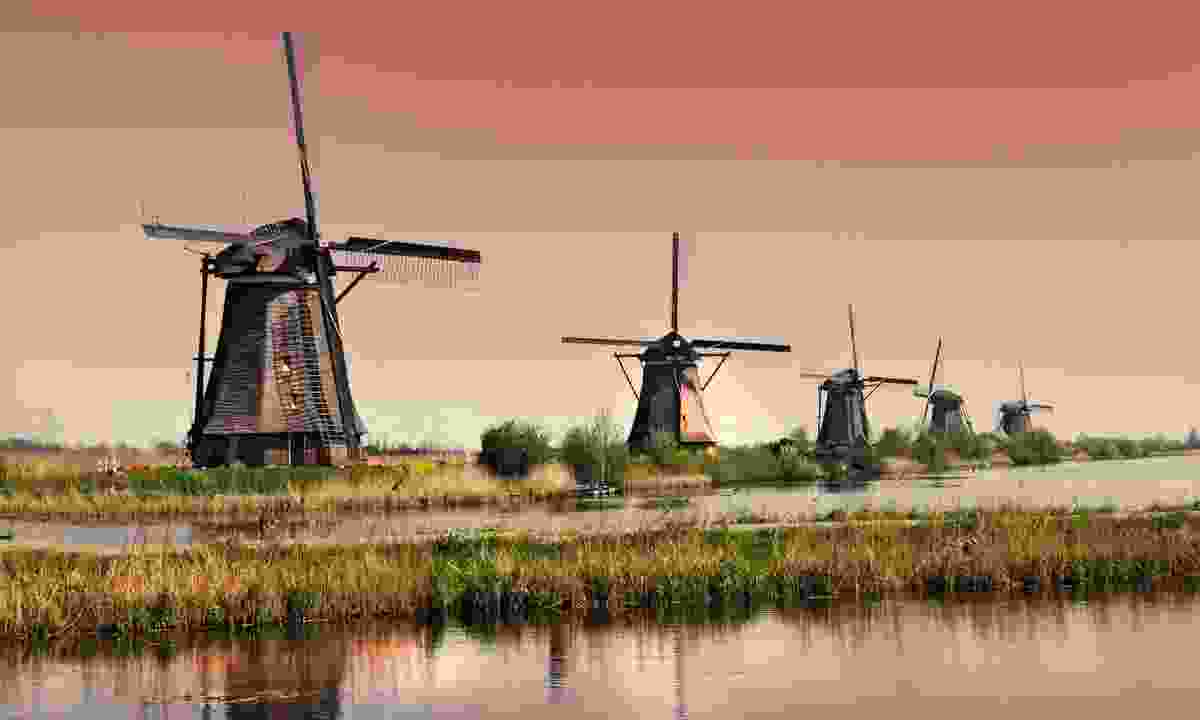 The historic windmills of Kinderdijk (Dreamstime)