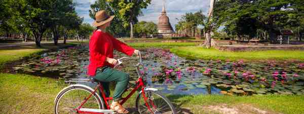 Cycling through Vietnam (Dreamstime)