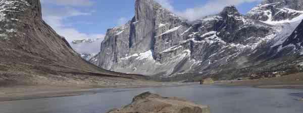 Mount Thor (Lisa Young)