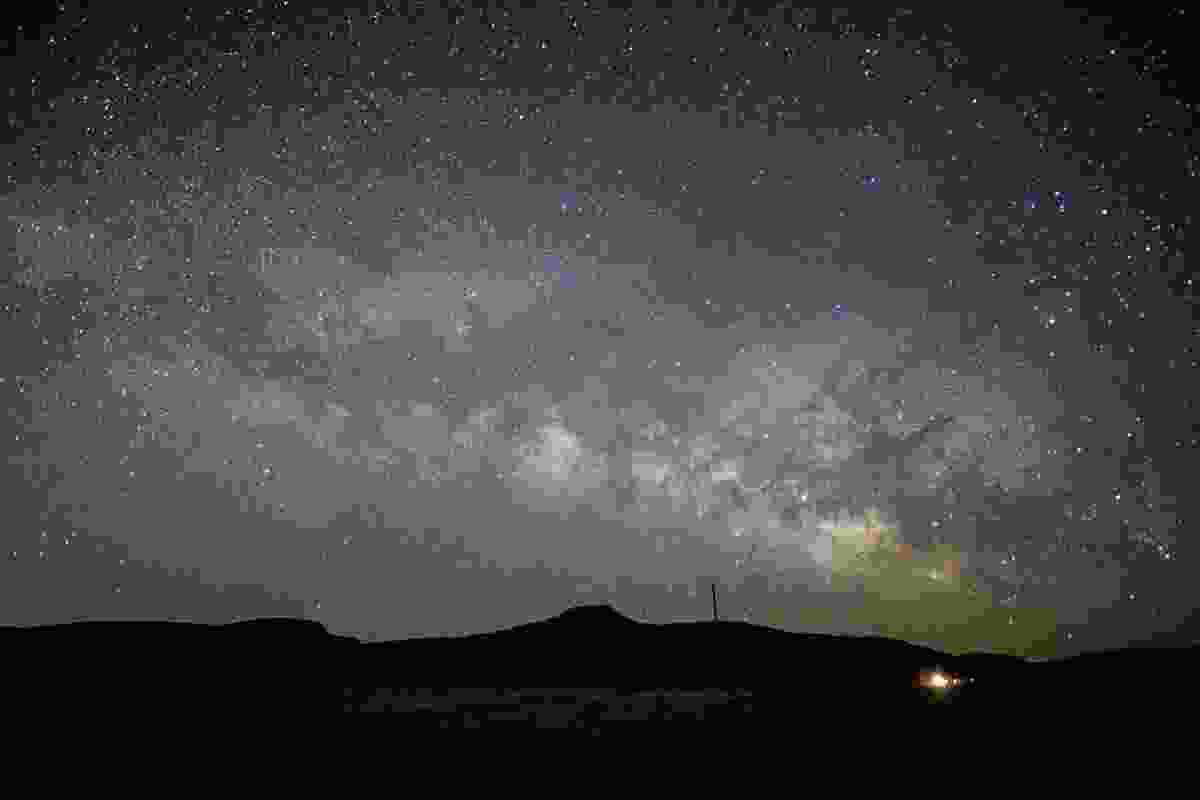 Stars above the New Mexico desert (Shutterstock)