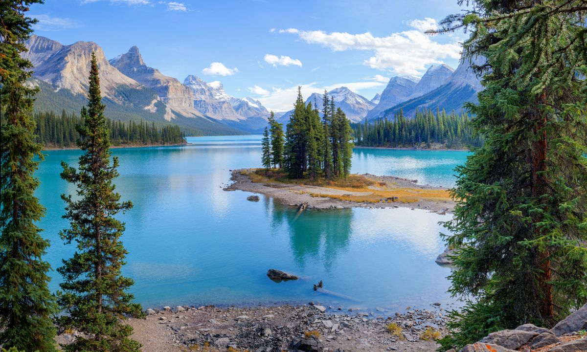 The Best Hidden Gems in the Canadian Rockies
