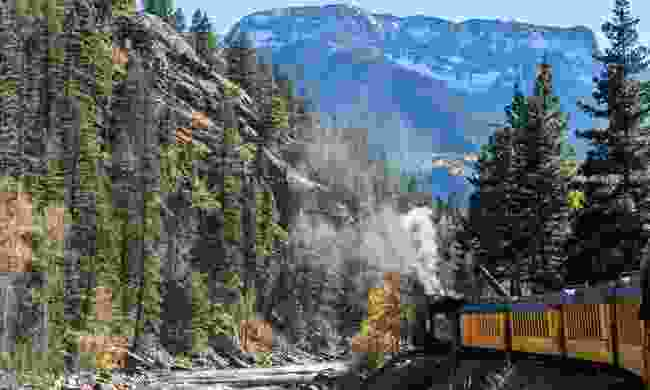 Train travelling through Colorado (Dreamstime)