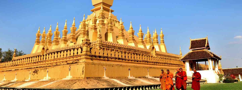 Monks in Vientiane (Dreamstime)
