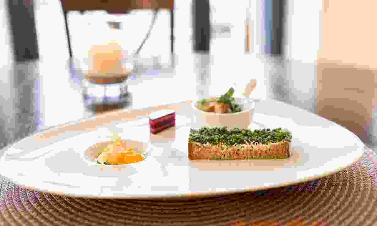 Dining at Markt restaurant (Alpenwelt Karwendel/Wolfgang Ehn)