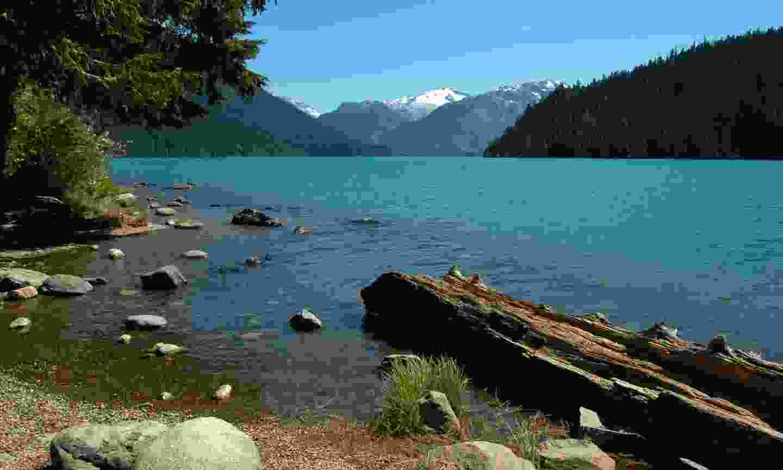 Cheakamus Lake (Dreamstime)