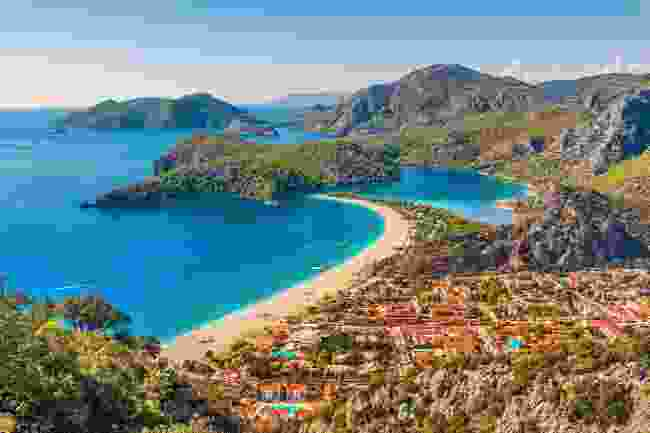 The view over Oludeniz Beach on the Lycian Way, Turkey (Shutterstock)