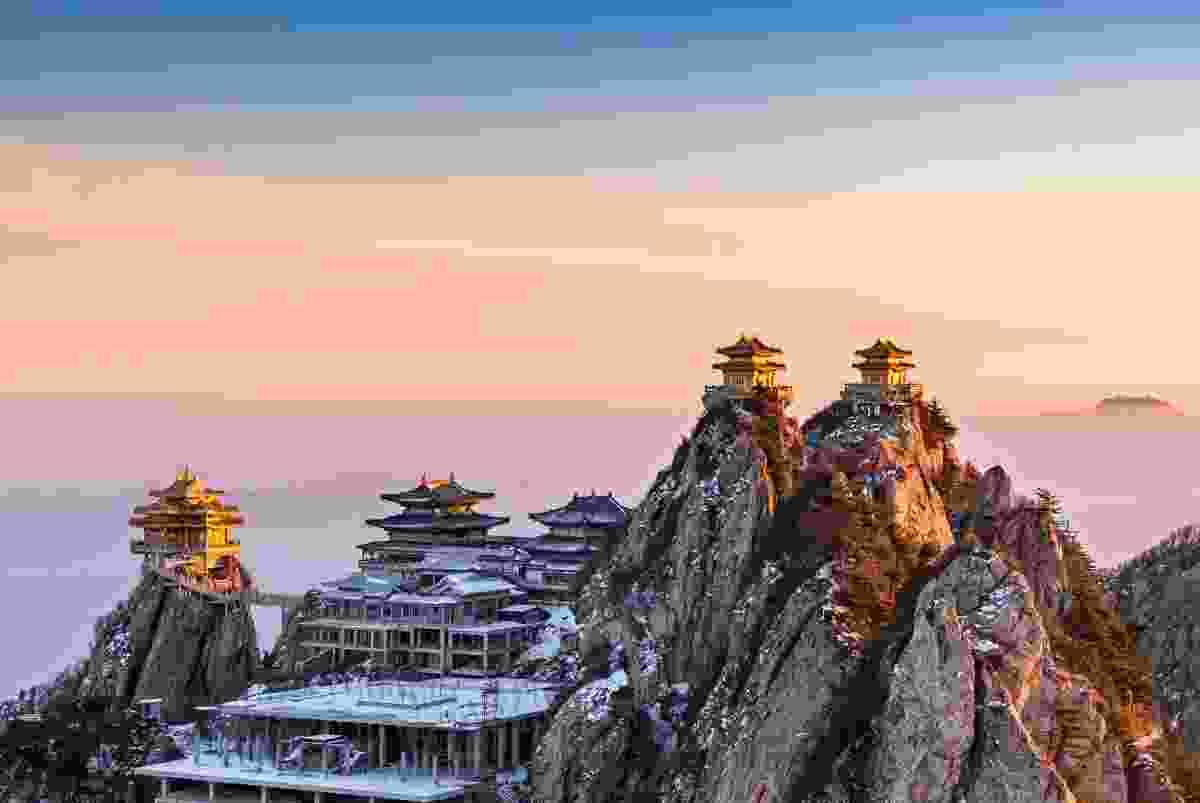 Luojun Laochuan Mountain Scenic Area, Luoyang (Shutterstock)