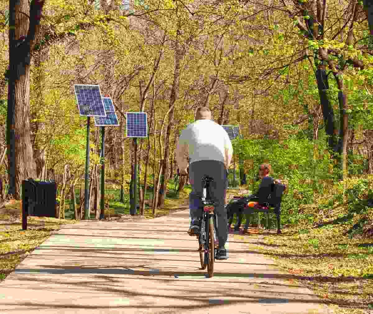 Enjoy a bike ride through the park (Shutterstock)