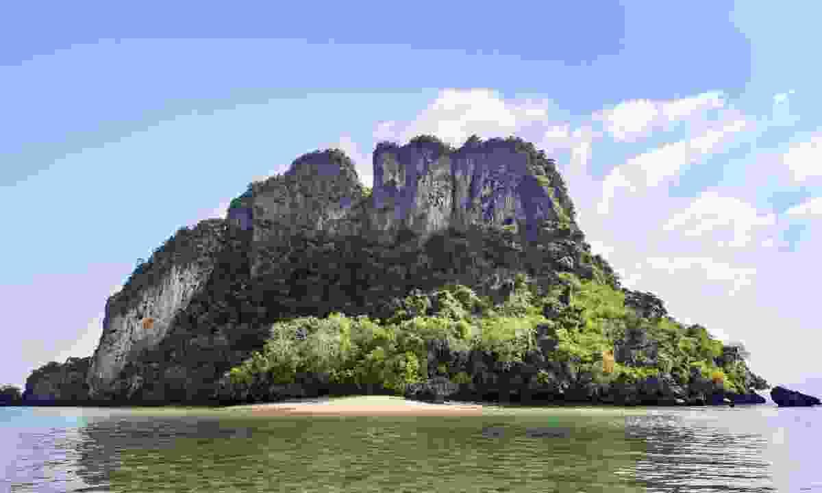 Deserted Island (Christopher Roche)
