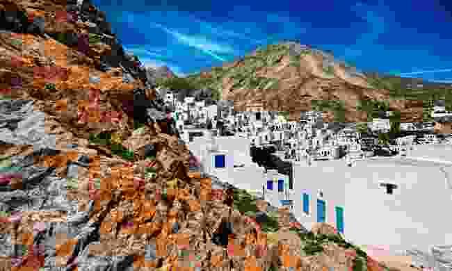 Ano Chora, the upper neighbourhood of Hora (Shutterstock)