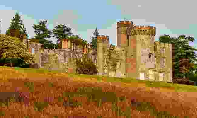 Balloch Castle in Balloch Country Park, Scotland (Dreamstime)