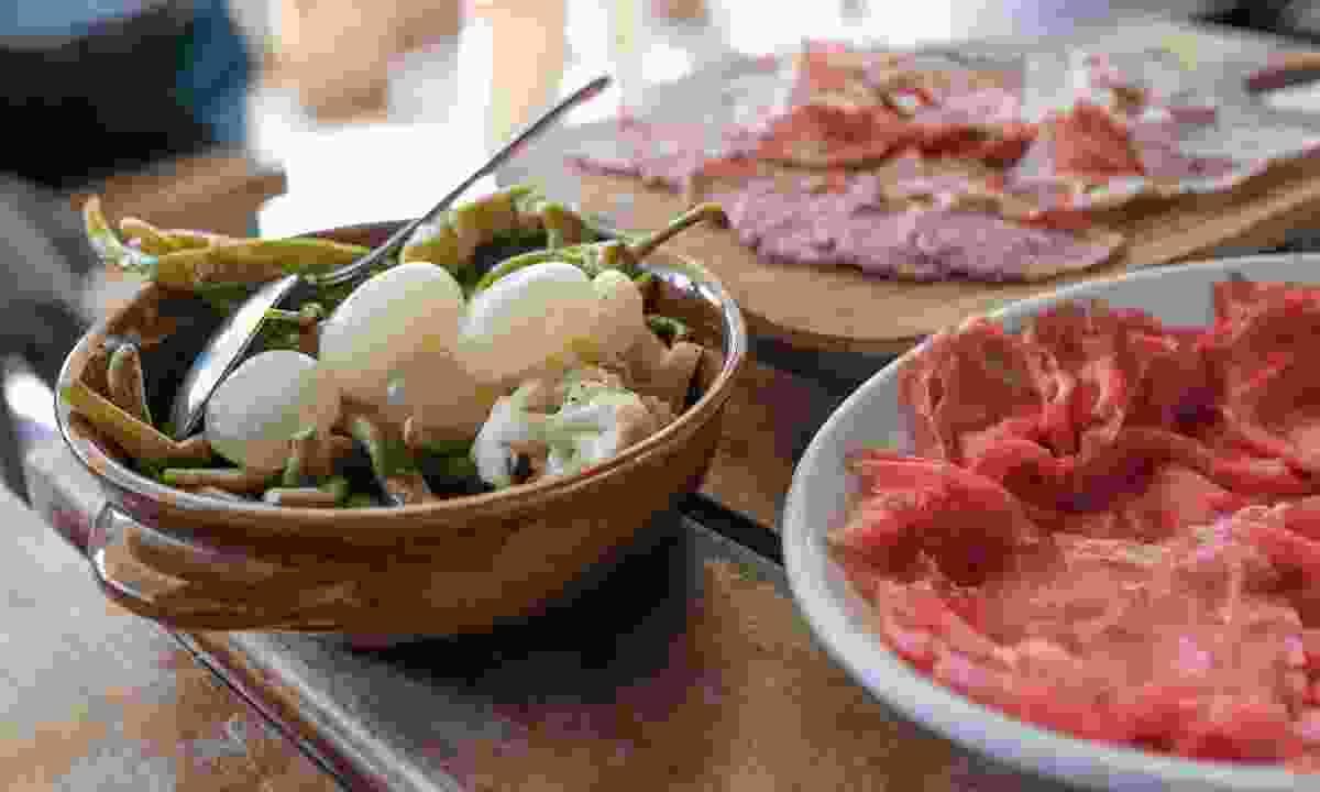 Taste the local food ((Multiweb.it/Garda Trentino S.P.A.)