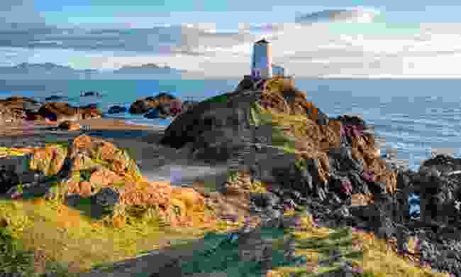 The lighthouse on Llanddwyn Island (Shutterstock)
