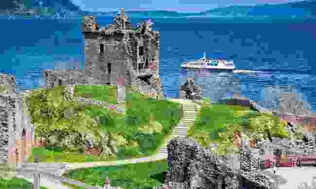 Cruising along Loch Ness (Shutterstock)