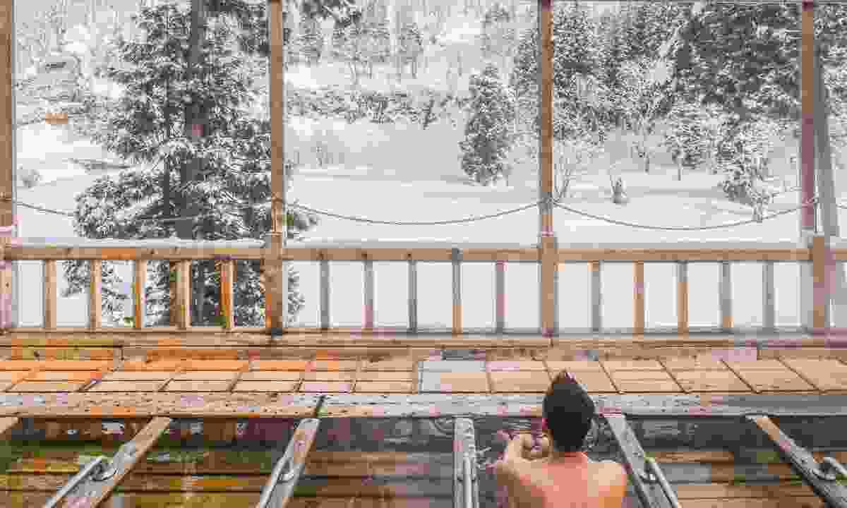 A communal onsen at a ryokan (Shutterstock)