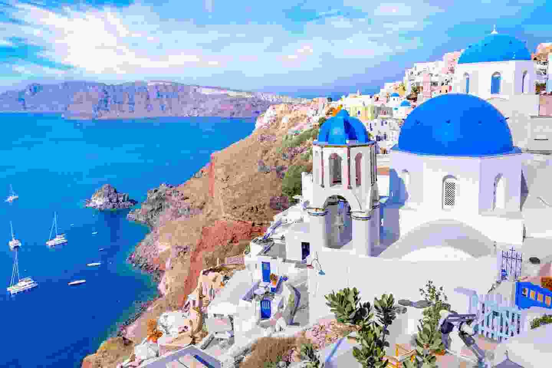 The white houses of Santorini (Shutterstock)