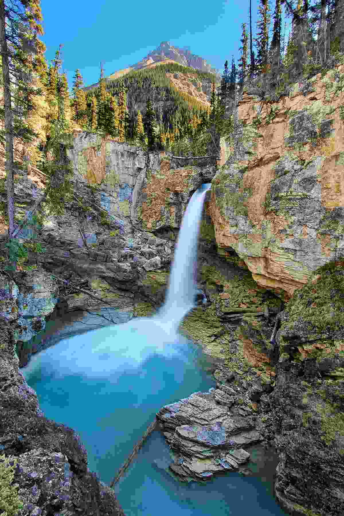 Stanley Falls in Beauty Creek Canyon (Shutterstock)