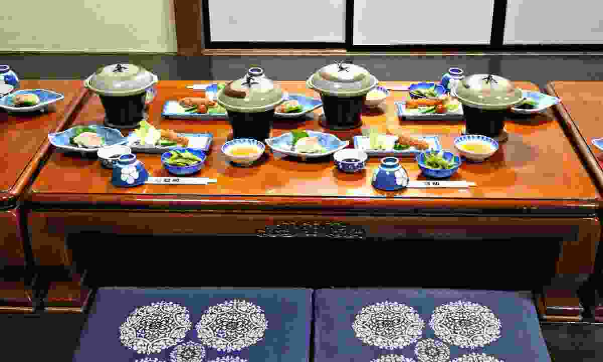 A typical dinner served in a ryokan (Dreamstime)