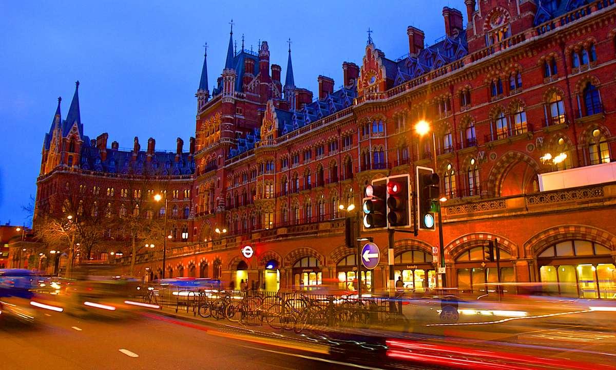 St Pancras International (Dreamstime)