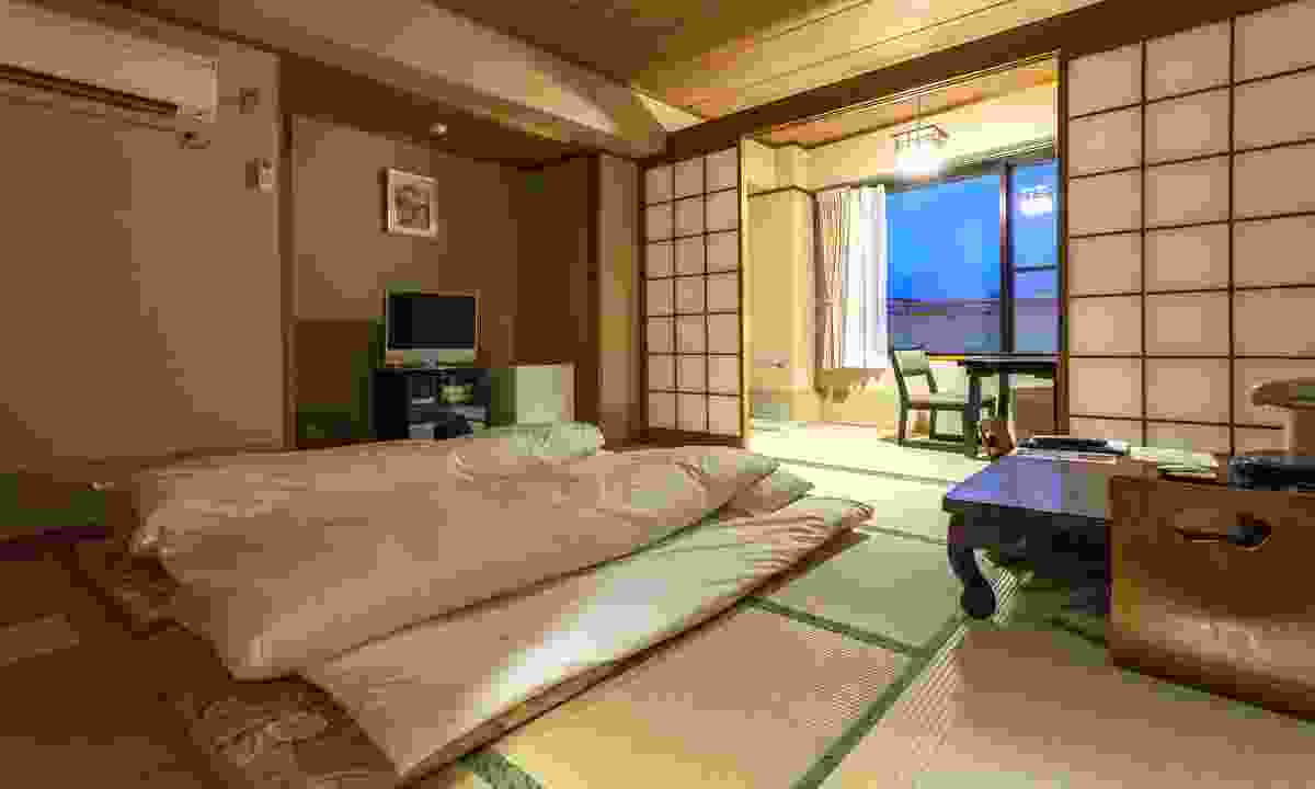 A luxurious ryokan room (Dreamstime)