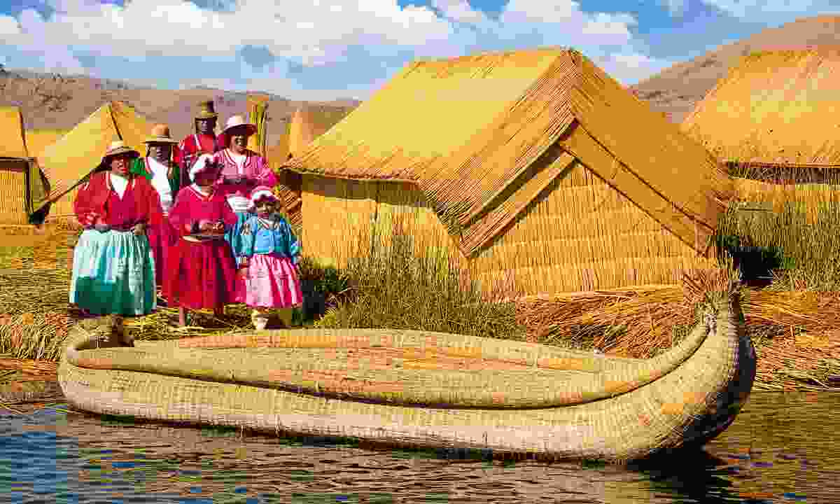 A traditional Peruvian community on Lake Titicaca (Dreamstime)