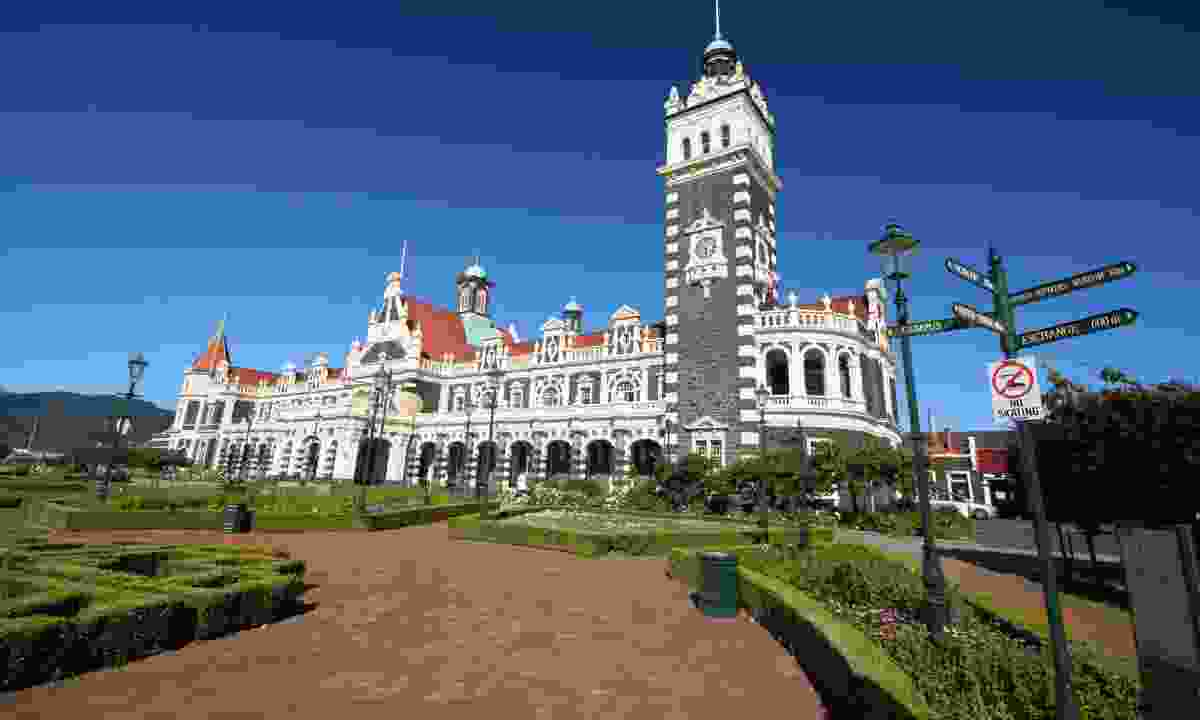 Dunedin Railway Station (Dreamstime)