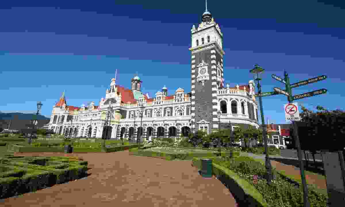 Dunedin Railway Station (Dreamstime)