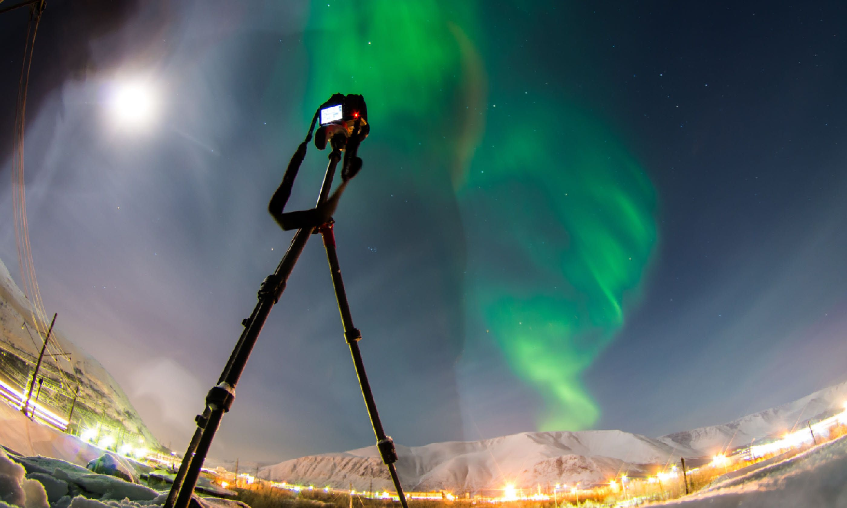 Shooting the Northern Lights (Shutterstock)
