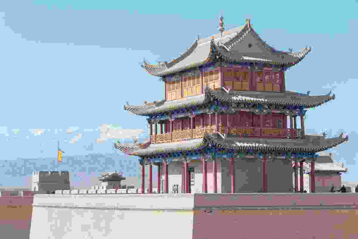Jiayuguan Pass tower, China (Dreamstime)
