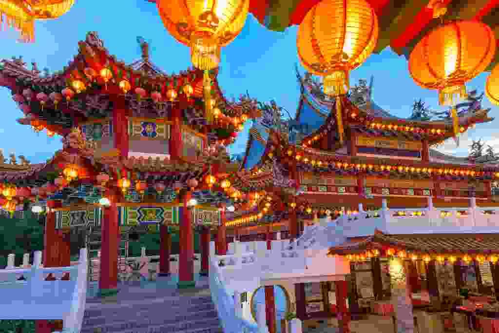 (Thean Hou Temple in Kuala Lumpur, dreamstime)