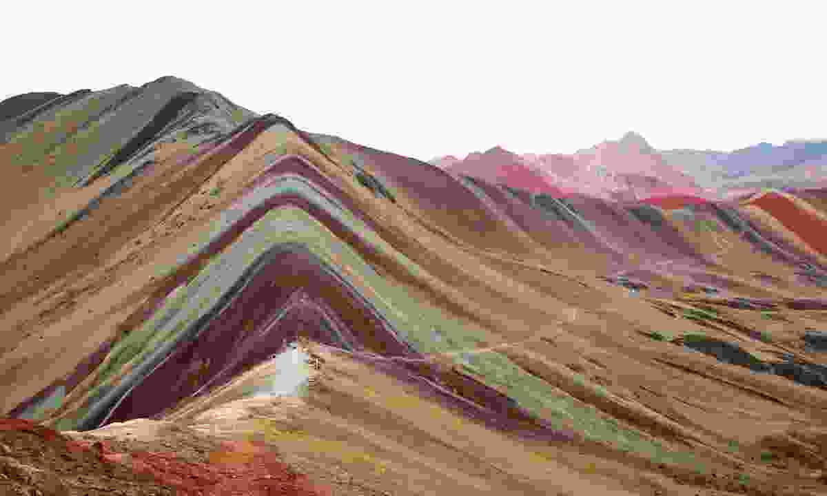 Vinicuna, popularly dubbed Rainbow Mountain (Dreamstime)
