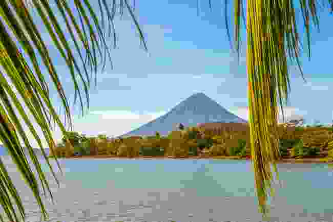 Volcán Concepicon on Lake Nicaragua (Shutterstock)