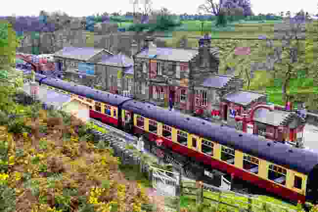 Vintage passenger train on the North York Moors Railway (Shutterstock)