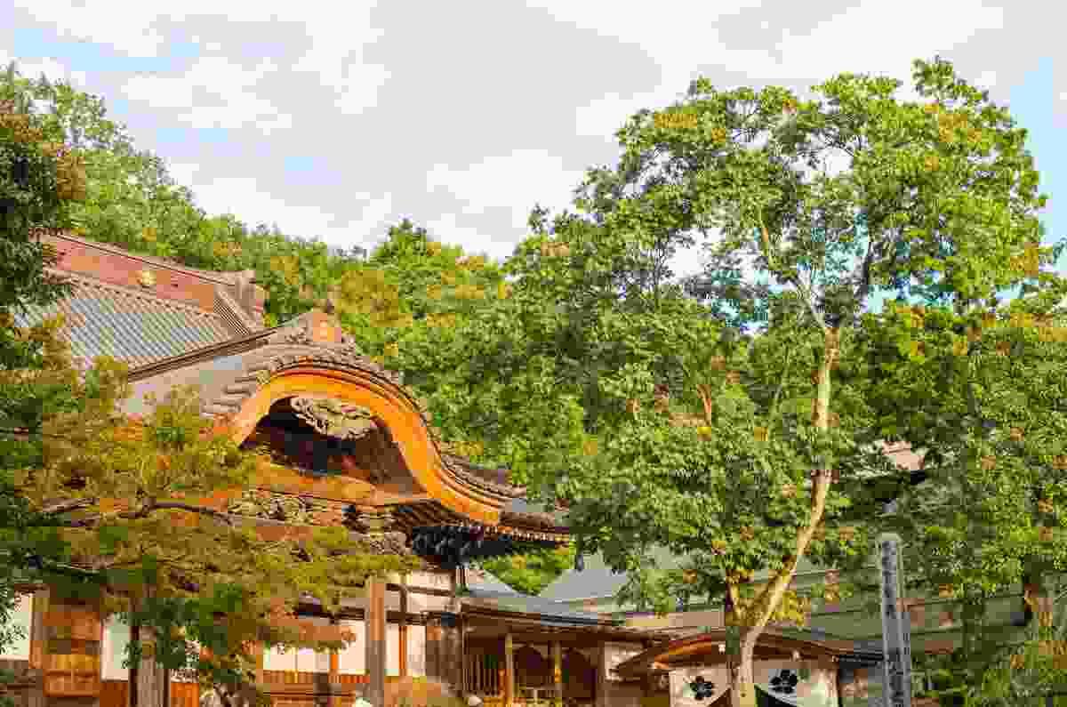 Jindai Temple in the city of Chōfu, Tokyo (Shutterstock)