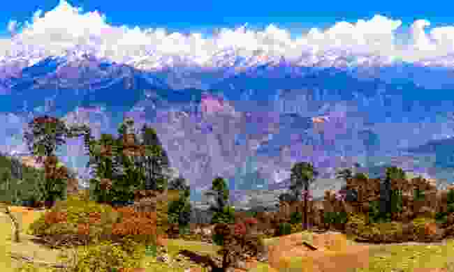 Hike in Uttarakhand's Himalaya (Shutterstock)