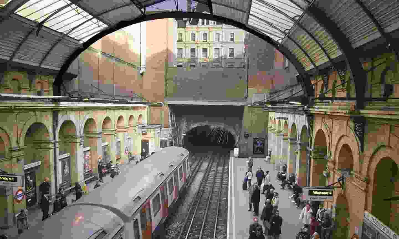 Find hidden tunnels on a London Underground tour (Klook)