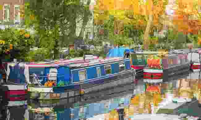 Little Venice is hidden behind Paddington station (Shutterstock)