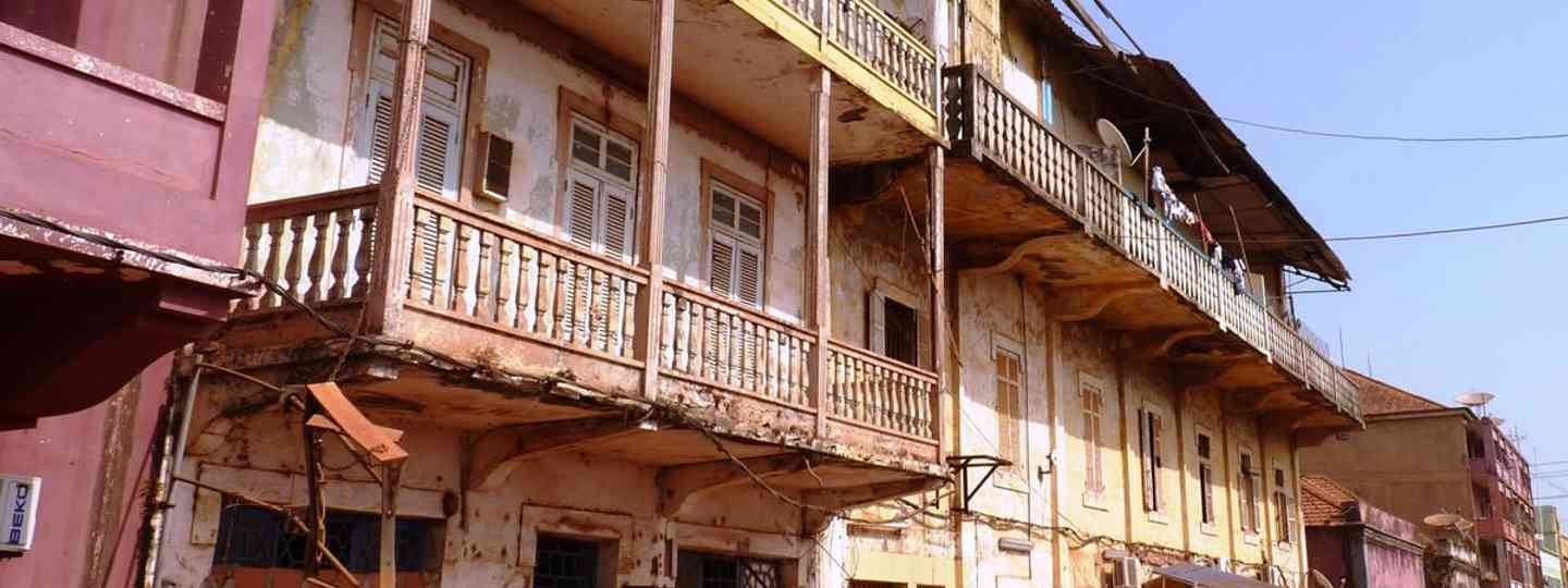 Old colonial house at the port of Bissau (istockphoto.com)