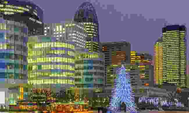 Village de Noël Christmas market, La Défense (Dreamstime)