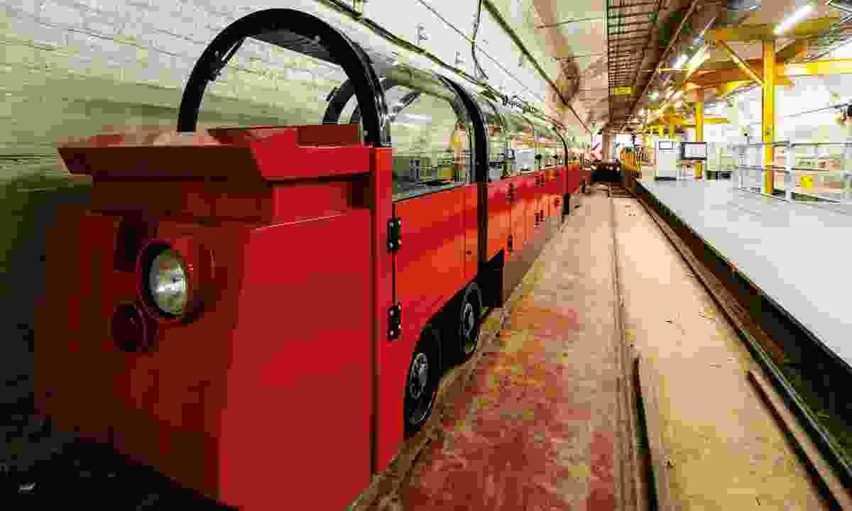 New Mail Rail passenger train (The Postal Museum)
