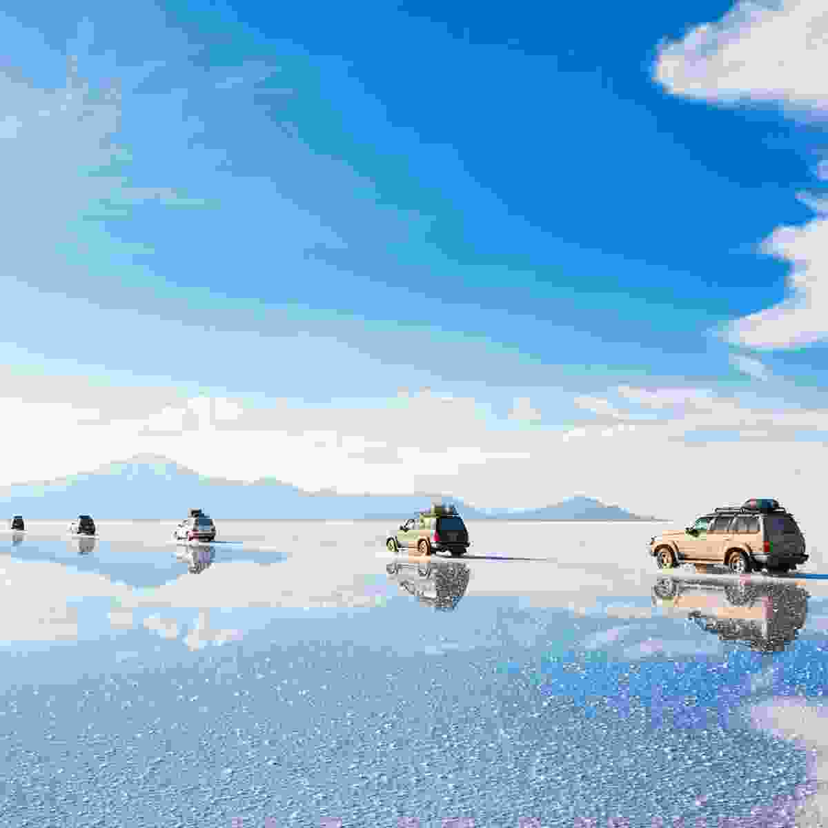 Tour vehicles on Salar de Uyuni (Shutterstock)