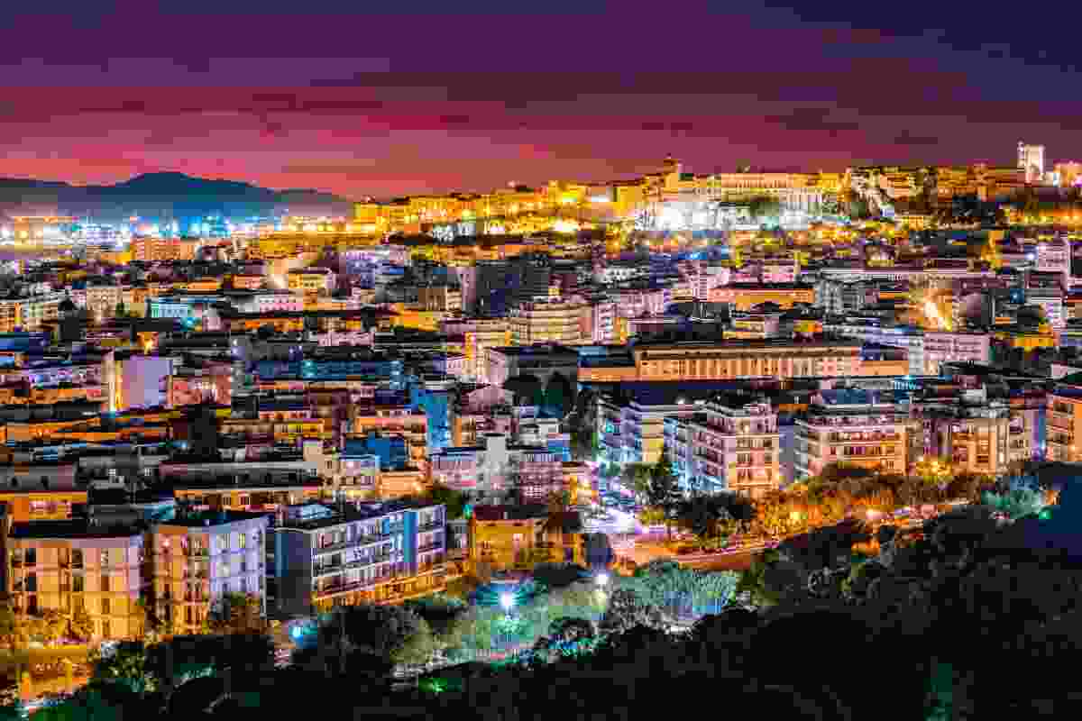 Cagliari by night (Shutterstock)