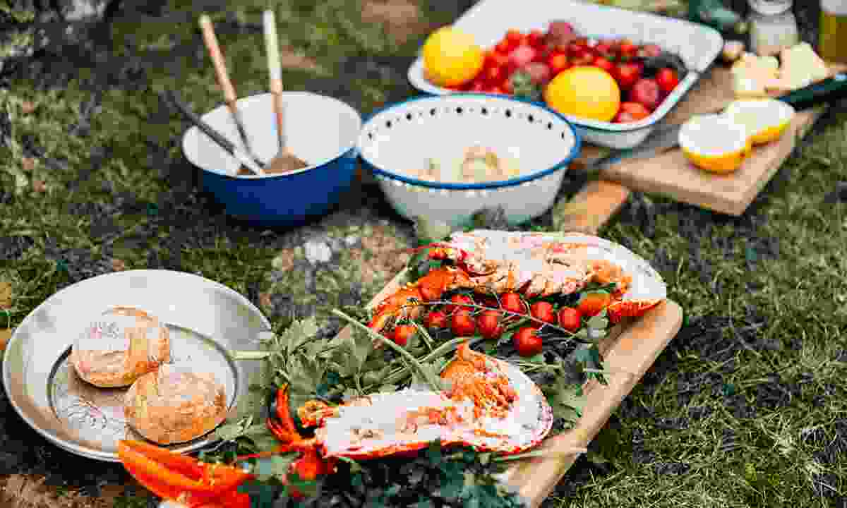 Go foraging for food in Jersey (Visit Jersey)